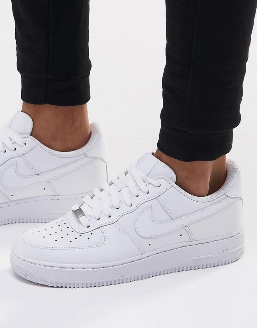 Uomo Nike Nike - Air Force 1 '07 - Sneakers Bianche Bianco ...